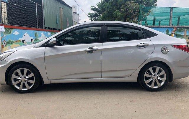 Bán Hyundai Accent AT năm sản xuất 2013, nhập khẩu, giá thấp, động cơ ổn định 1