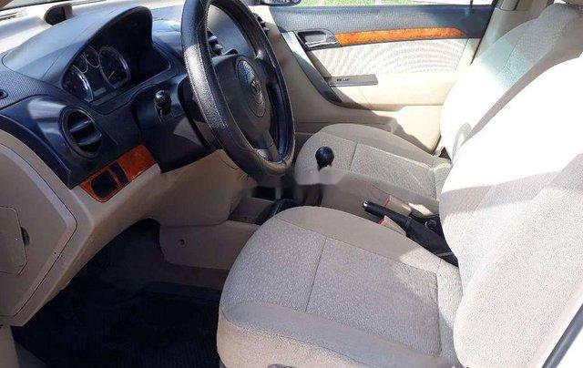 Cần bán xe Daewoo Gentra 2007, màu trắng5