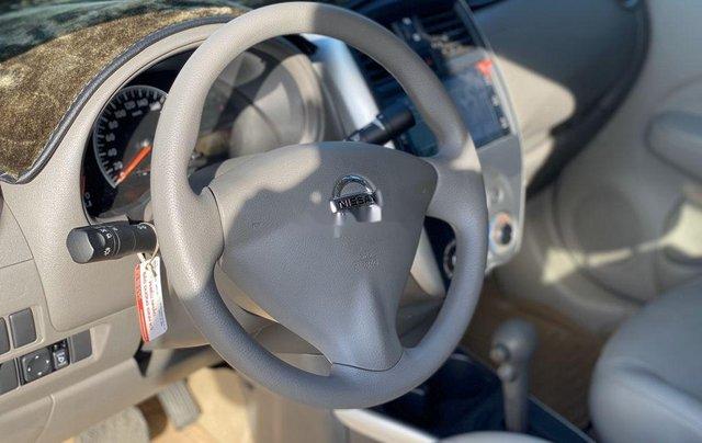 Cần bán gấp Nissan Sunny năm sản xuất 2019, xe còn mới hoàn toàn5