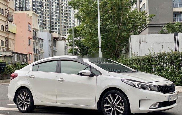 Cần bán Kia Cerato 2016, màu trắng chính chủ1