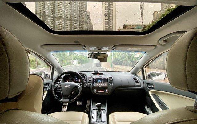 Cần bán Kia Cerato 2016, màu trắng chính chủ3