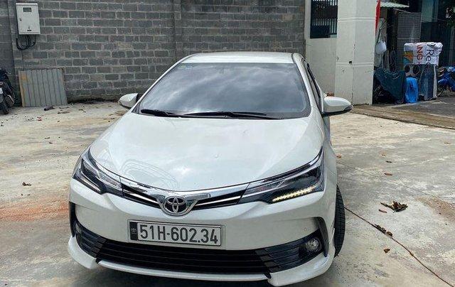 Cần bán gấp Toyota Corolla Altis năm sản xuất 2019, biển Sài Gòn, còn đẹp0
