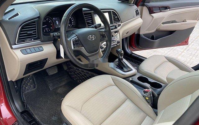 Bán ô tô Hyundai Elantra năm sản xuất 2018, xe chính chủ giá mềm6