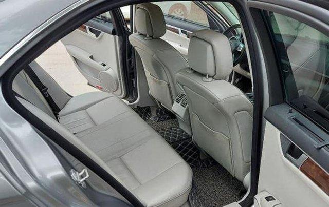 Gia đình bán xe Mercedes C250 đời 2013, màu xám5