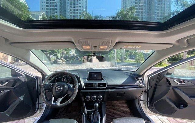 Cần bán gấp chiếc Mazda 3 sản xuất năm 2015, xe một đời chủ giá mềm5