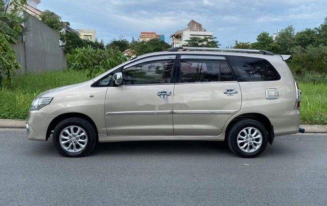 Bán ô tô Toyota Innova năm sản xuất 2014, màu vàng cát5