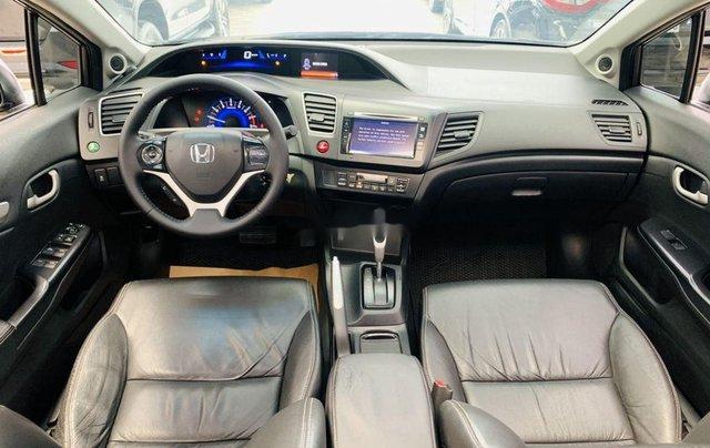 Cần bán gấp Honda Civic sản xuất 2015, xe gia đình7