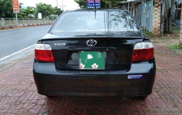 Cần bán Toyota Vios MT sản xuất năm 2006, xe giá thấp2
