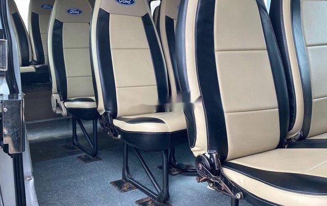 Bán ô tô Ford Transit sản xuất năm 2014, màu bạc chính chủ, giá 368tr7