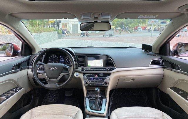 Bán ô tô Hyundai Elantra năm sản xuất 2018, xe chính chủ giá mềm11