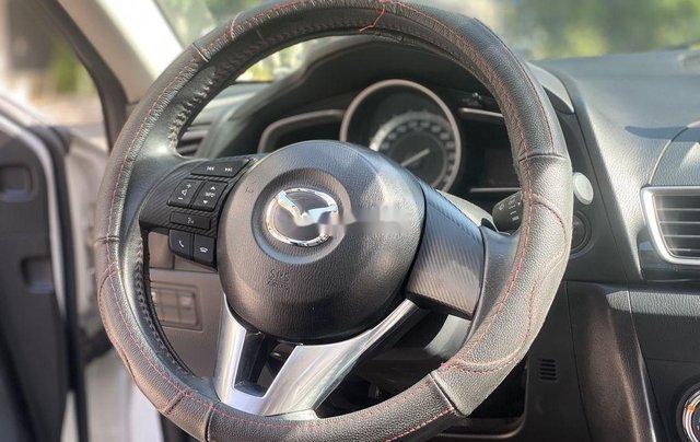 Cần bán gấp chiếc Mazda 3 sản xuất năm 2015, xe một đời chủ giá mềm7