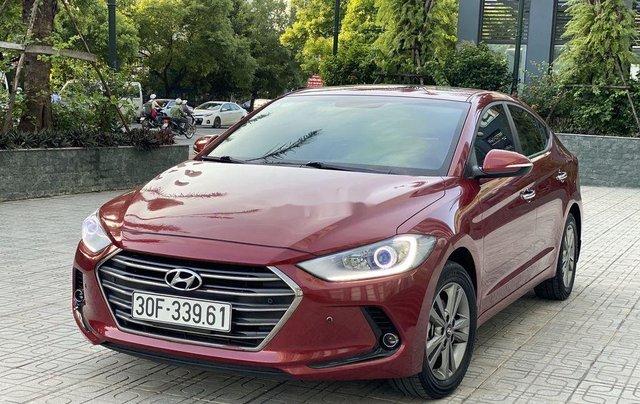 Bán ô tô Hyundai Elantra năm sản xuất 2018, xe chính chủ giá mềm0