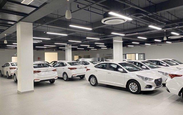 Bán Hyundai Accent 1.4AT bản tiêu chuẩn năm sản xuất 2020, giá tốt3