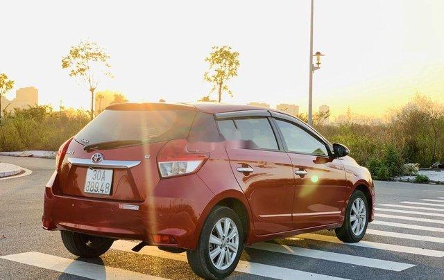 Cần bán gấp Toyota Yaris sản xuất năm 2015, xe giá thấp, động cơ ổn định 4