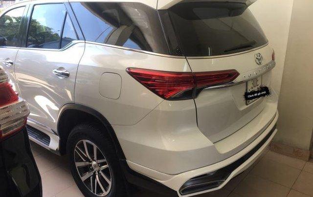 Bán Toyota Fortuner 2017, màu trắng, nhập khẩu chính chủ, 950tr2