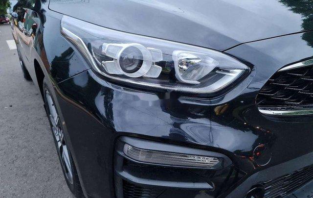 Bán gấp với giá ưu đãi chiếc Kia Cerato sản xuất 2019, xe còn mới hoàn toàn9