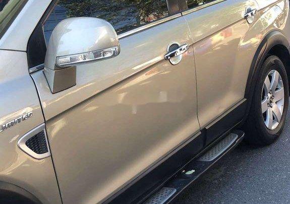 Cần bán lại xe Chevrolet Captiva năm 2008 còn mới0