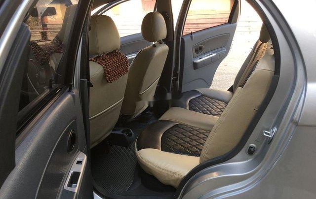 Bán gấp chiếc Chevrolet Spark năm 2010, xe gia đình còn mới4