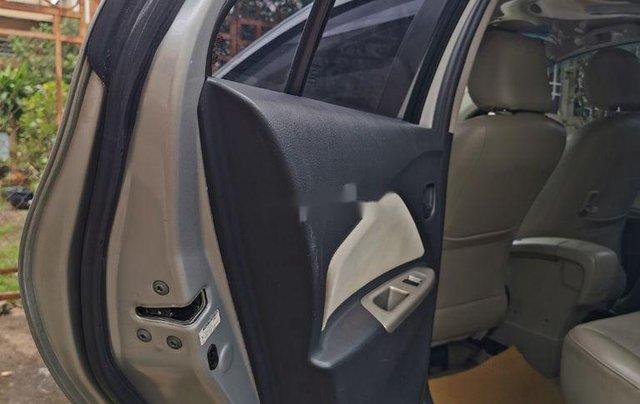 Bán Toyota Vios đời 2008, màu bạc còn mới, 305 triệu7