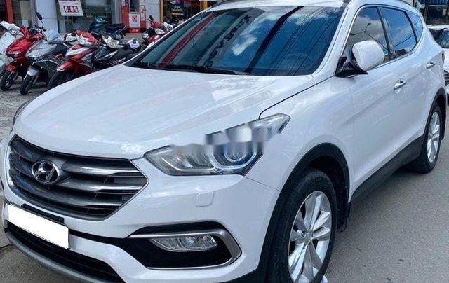 Bán xe Hyundai Santa Fe đời 2019, màu trắng số tự động, máy dầu2