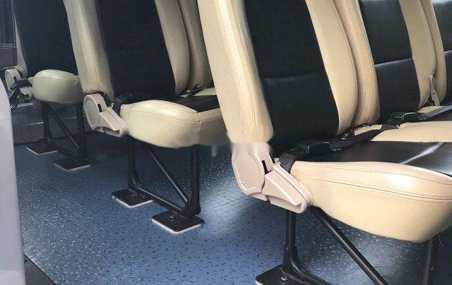 Bán Ford Transit đời 2017, màu bạc còn mới, giá 455tr5