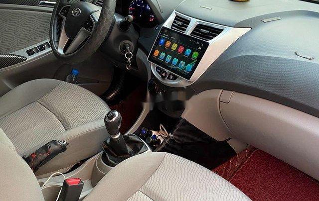 Bán Hyundai Accent năm sản xuất 2012, nhập khẩu  4