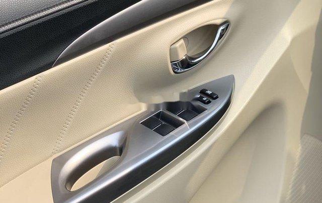 Bán Toyota Vios đời 2017, màu vàng cát, xe nhập7