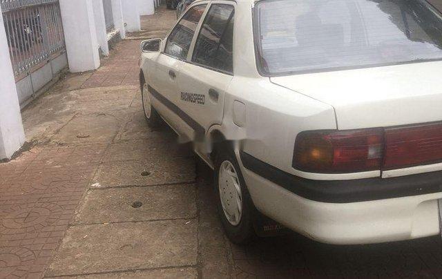 Cần bán lại xe Mazda 323 năm sản xuất 1995, nhập khẩu, giá tốt1