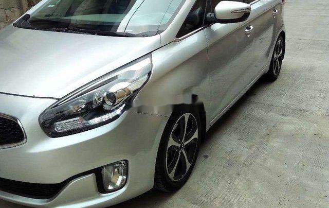 Bán xe Kia Rondo sản xuất năm 2016 còn mới3