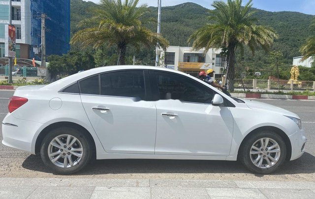 Bán Chevrolet Cruze sản xuất 2017, màu trắng3
