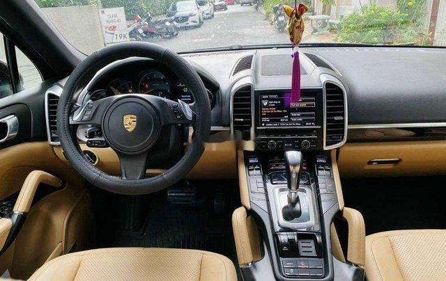 Cần bán xe Porsche Cayenne đời 2014, màu nâu, xe nhập chính chủ3