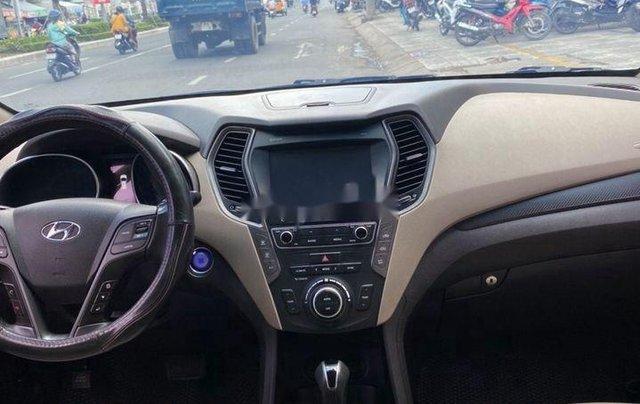 Bán xe Hyundai Santa Fe đời 2019, màu trắng số tự động, máy dầu5