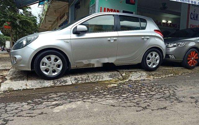 Bán Hyundai i20 sản xuất 2010, màu bạc, xe nhập, 282 triệu4