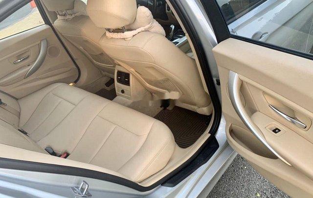 Bán xe BMW 3 Series năm sản xuất 2013, nhập khẩu còn mới, 738tr6