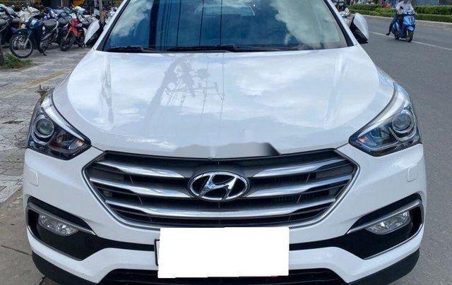 Bán xe Hyundai Santa Fe đời 2019, màu trắng số tự động, máy dầu0