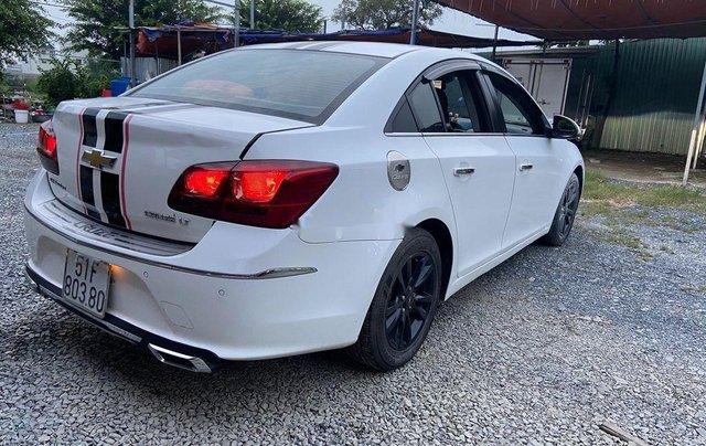 Bán xe Chevrolet Cruze đời 2015, màu trắng4
