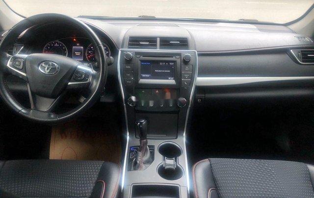Cần bán Toyota Camry năm 2015, nhập khẩu nguyên chiếc còn mới9