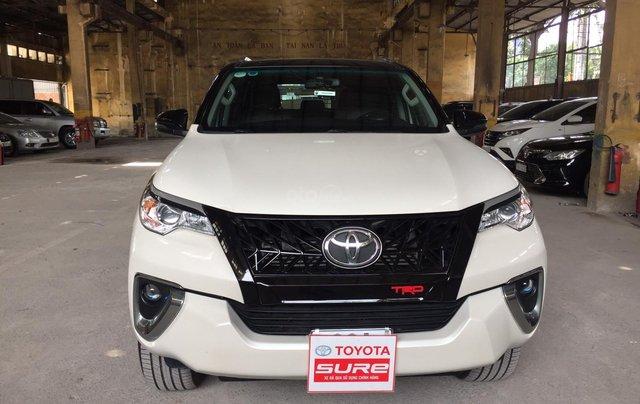 Cần banToyota Fortuner 2.4G MT 2018, màu đen gia đình, đi 63.000 - xe cũ chính hãng Toyota Sure0