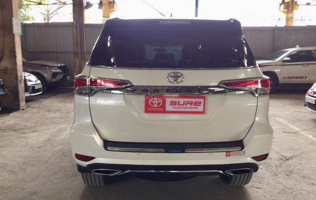 Cần banToyota Fortuner 2.4G MT 2018, màu đen gia đình, đi 63.000 - xe cũ chính hãng Toyota Sure5
