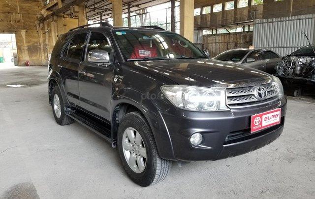 Cần bán xe Toyota Fortuner 2.7V 4x4AT 2010 màu xám gia đình HCM đi 175k - xe cũ chính hãng Toyota Sure1