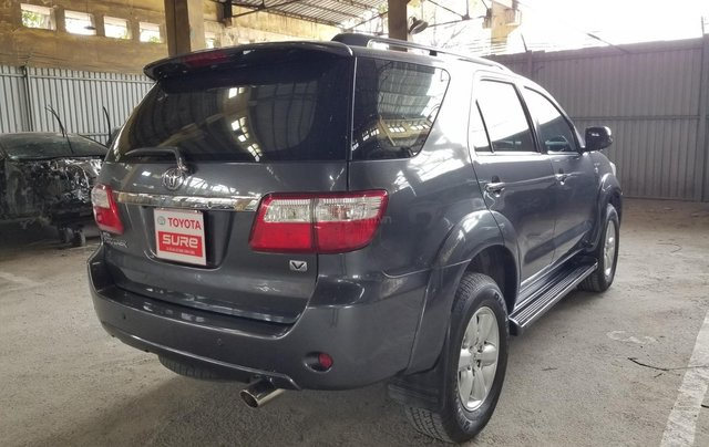 Cần bán xe Toyota Fortuner 2.7V 4x4AT 2010 màu xám gia đình HCM đi 175k - xe cũ chính hãng Toyota Sure3