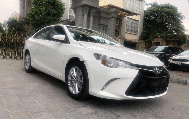 Cần bán Toyota Camry năm 2015, nhập khẩu nguyên chiếc còn mới2