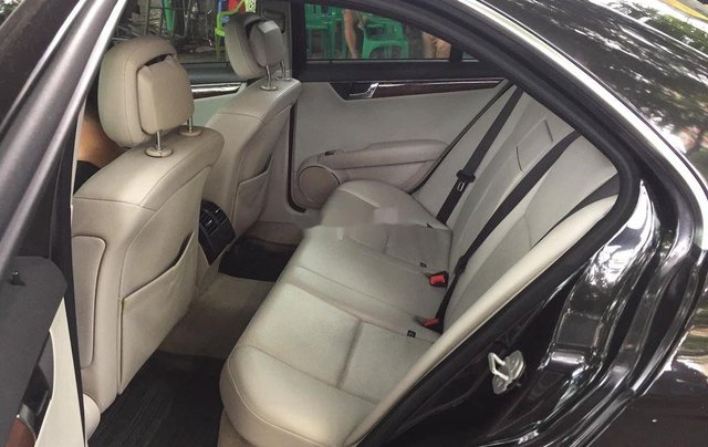Xe Mercedes C class năm 2009 còn mới, giá 335tr6