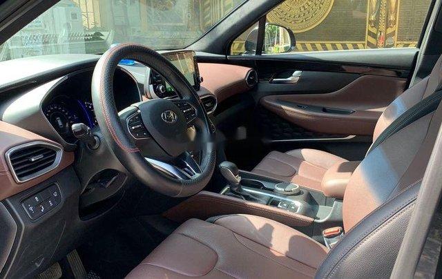Cần bán lại xe Hyundai Santa Fe 2.4 Preminium đời 2020, màu đen  7