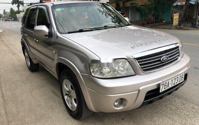 Cần bán lại xe Ford Escape năm 2005, màu bạc 1