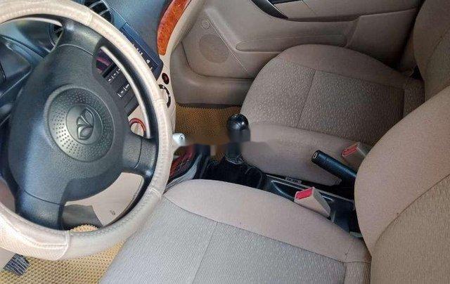 Xe Daewoo Gentra sản xuất 2009 còn mới11