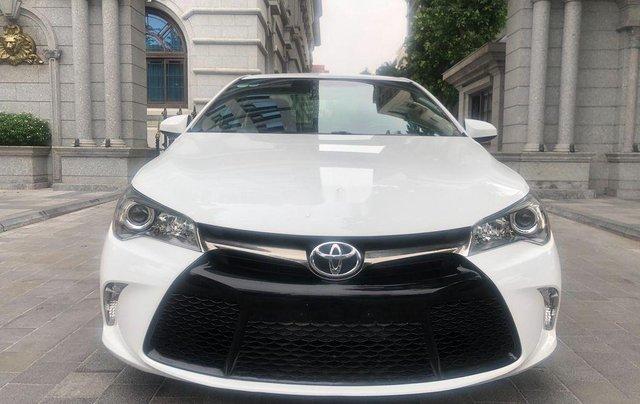 Cần bán Toyota Camry năm 2015, nhập khẩu nguyên chiếc còn mới0
