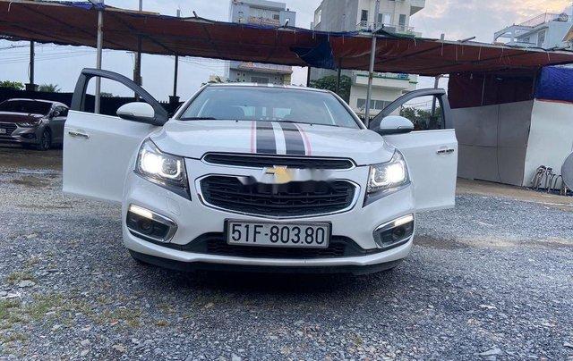Bán xe Chevrolet Cruze đời 2015, màu trắng0