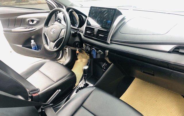 Bán Toyota Vios sản xuất năm 2015, màu bạc số tự động8