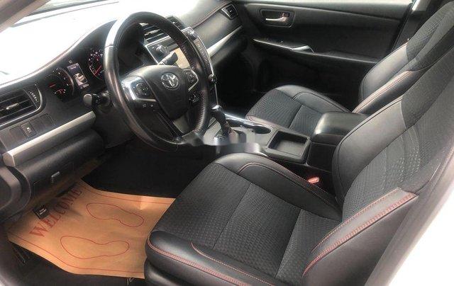 Cần bán Toyota Camry năm 2015, nhập khẩu nguyên chiếc còn mới10